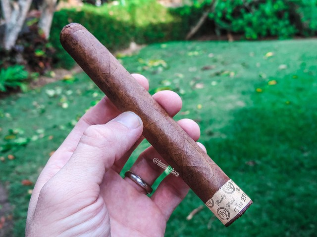 Rocky Patel - The Edge Corojo 01