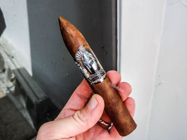 Man O' War - Ruination 01