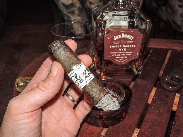 CNM Cigars - Clave Cubana 05