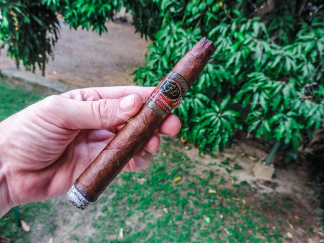 La Flor Dominicana - Air Bender 02