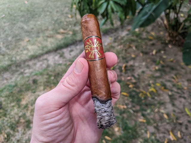 Tarazona - 828 Yoke & Arrows Habano 02